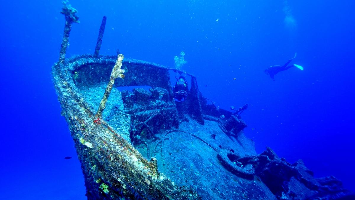 ロタ島の沈船の壁紙・写真